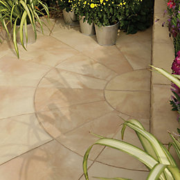 Autumn Bronze Old Riven Circle Paving Pack2.4M