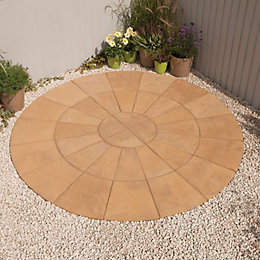 Autumn Gold Old Riven Circle Paving Pack2.4M