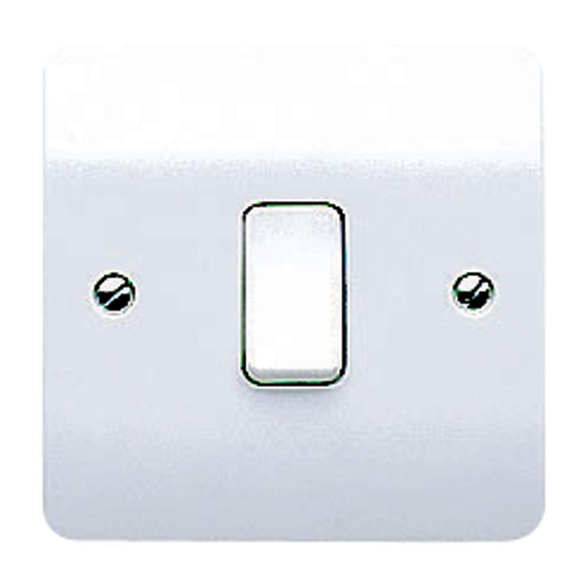 MK 10A 2-Way Single White Gloss Intermediate Switch | Departments ...