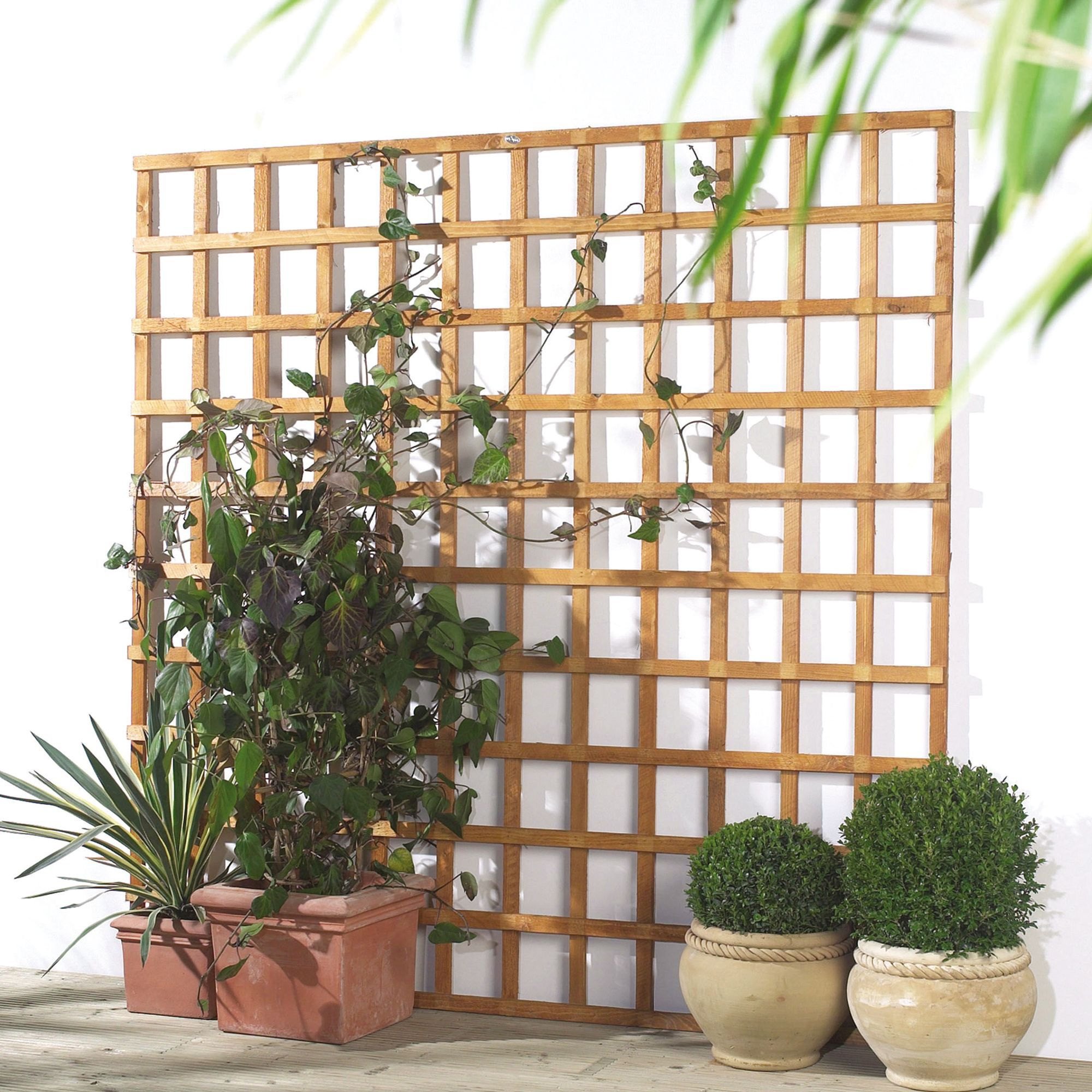 traditional timber square trellis panel h1 83mw1 2 m