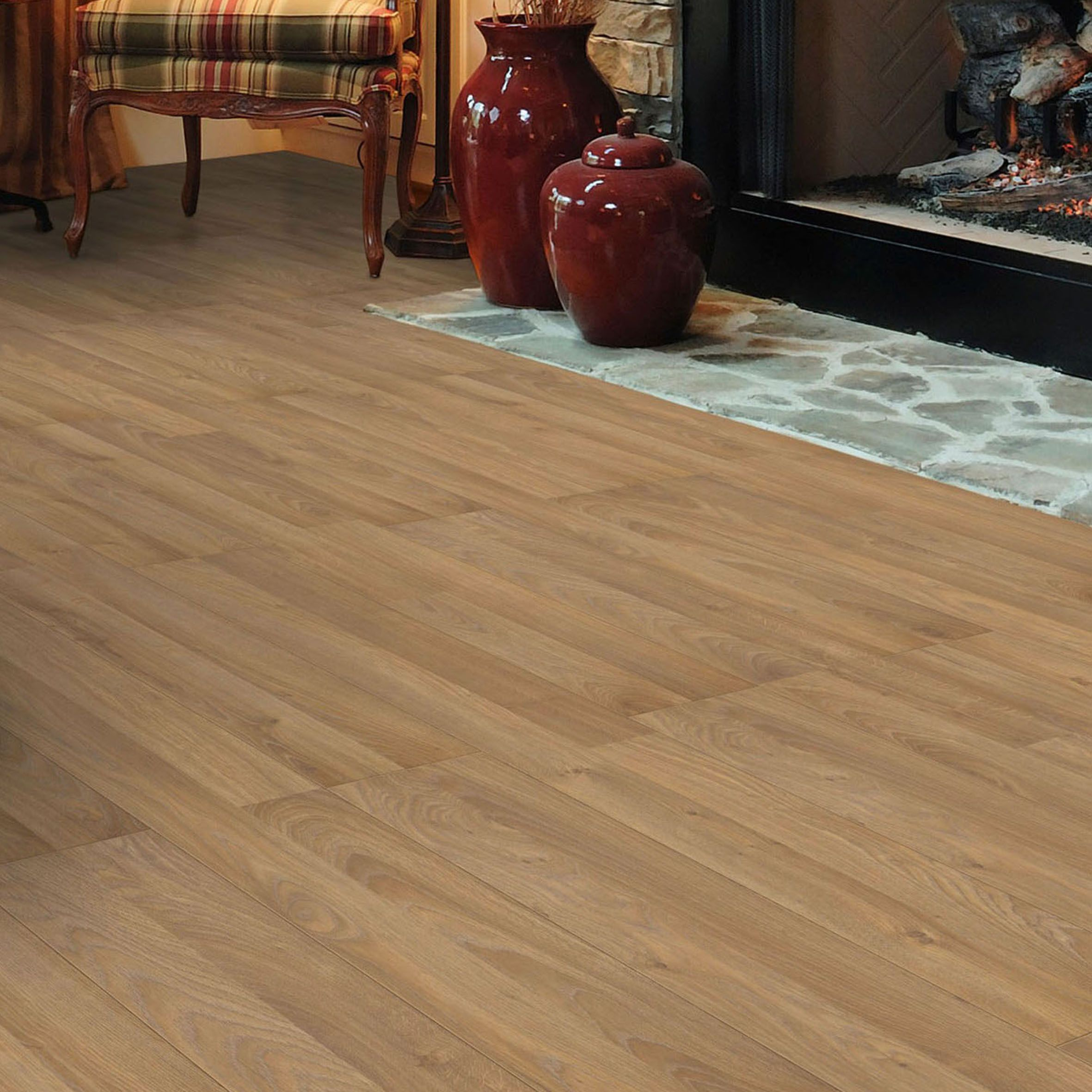 Golden oak effect laminate flooring sample departments for Diy laminate flooring