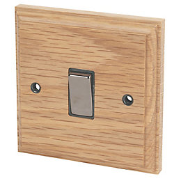 Varilight 10A 2-Way Single Oak Light switch