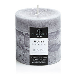 Chartwell Home White tea & ginger Pillar candle