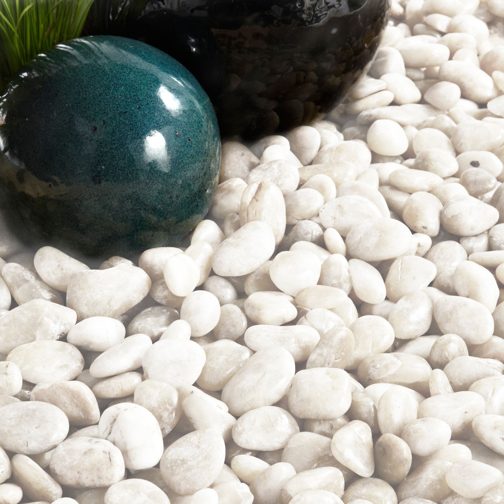 Polished White Chinese Pebbles 5kg Departments Diy At B Amp Q