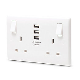 British General 13A White Switched Double Socket &