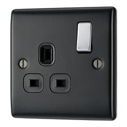 British General 13A Black Switched Socket
