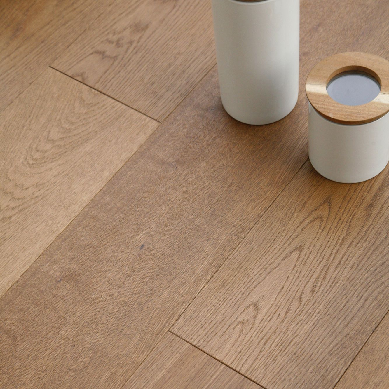 Colours Rondo Natural Oak effect Wood Top layer