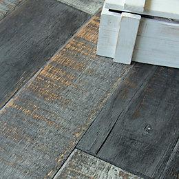 Colours Soren Burnt oak Solid oak flooring 1.48