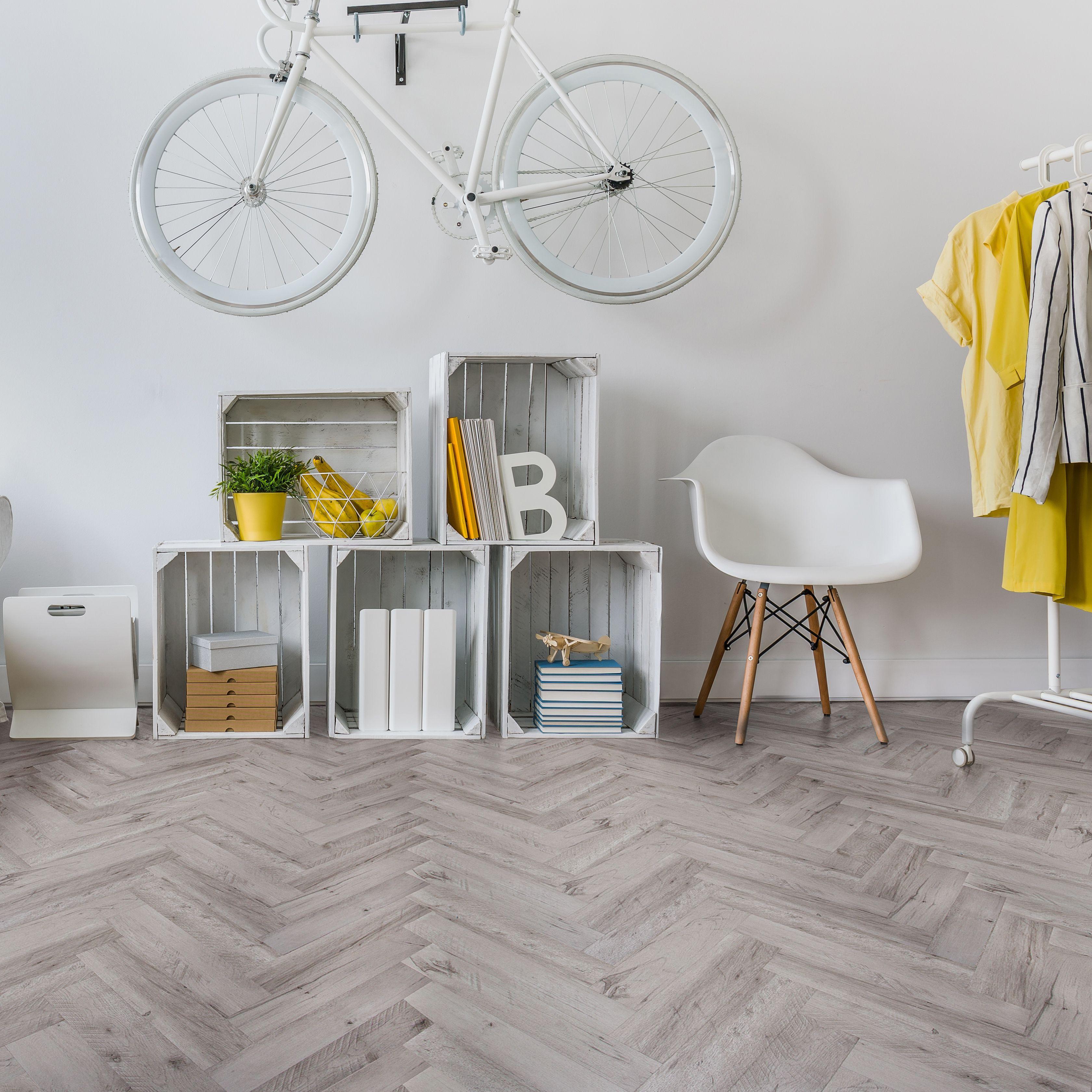 White Natural Oak Effect Waterproof Luxury Vinyl Click Flooring