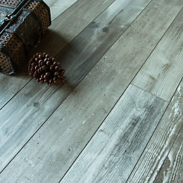 Imelda Natural Driftwood Pine Effect Laminate Flooring 0.38