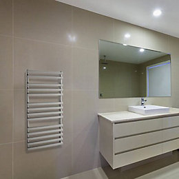 Odra Brushed Steel Towel Rail (H)690mm (W)500mm