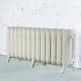 Arroll Montmartre 3 Column radiator, Cream (W)1074mm (H)470mm