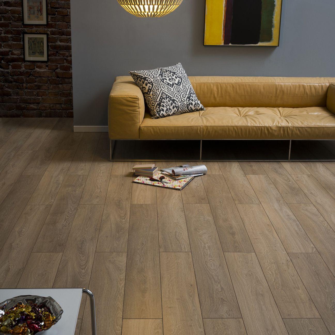 Amadeo Burlington Oak Effect Wood Laminate 2 22 M² Pack Departments Diy At B Q
