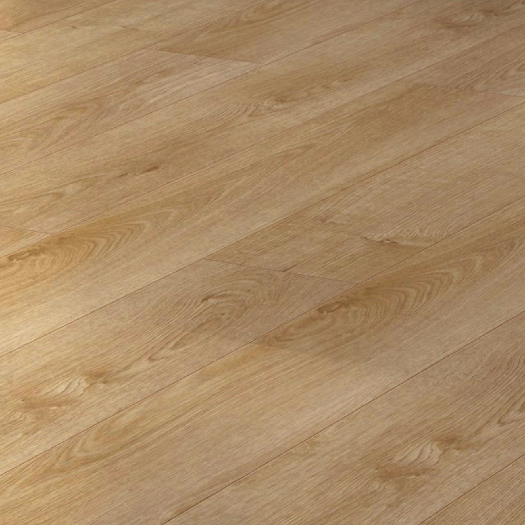 Overture Natural Milano Oak Effect Laminate Flooring 1 25 M² Sample Departments Diy At B Q