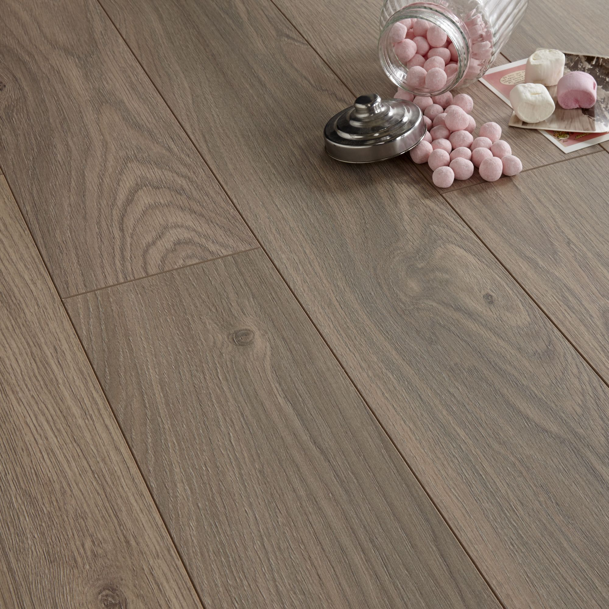 Arpeggio Natural Heritage Oak Effect Laminate Flooring 1 85 M² Pack Departments Diy At B Q
