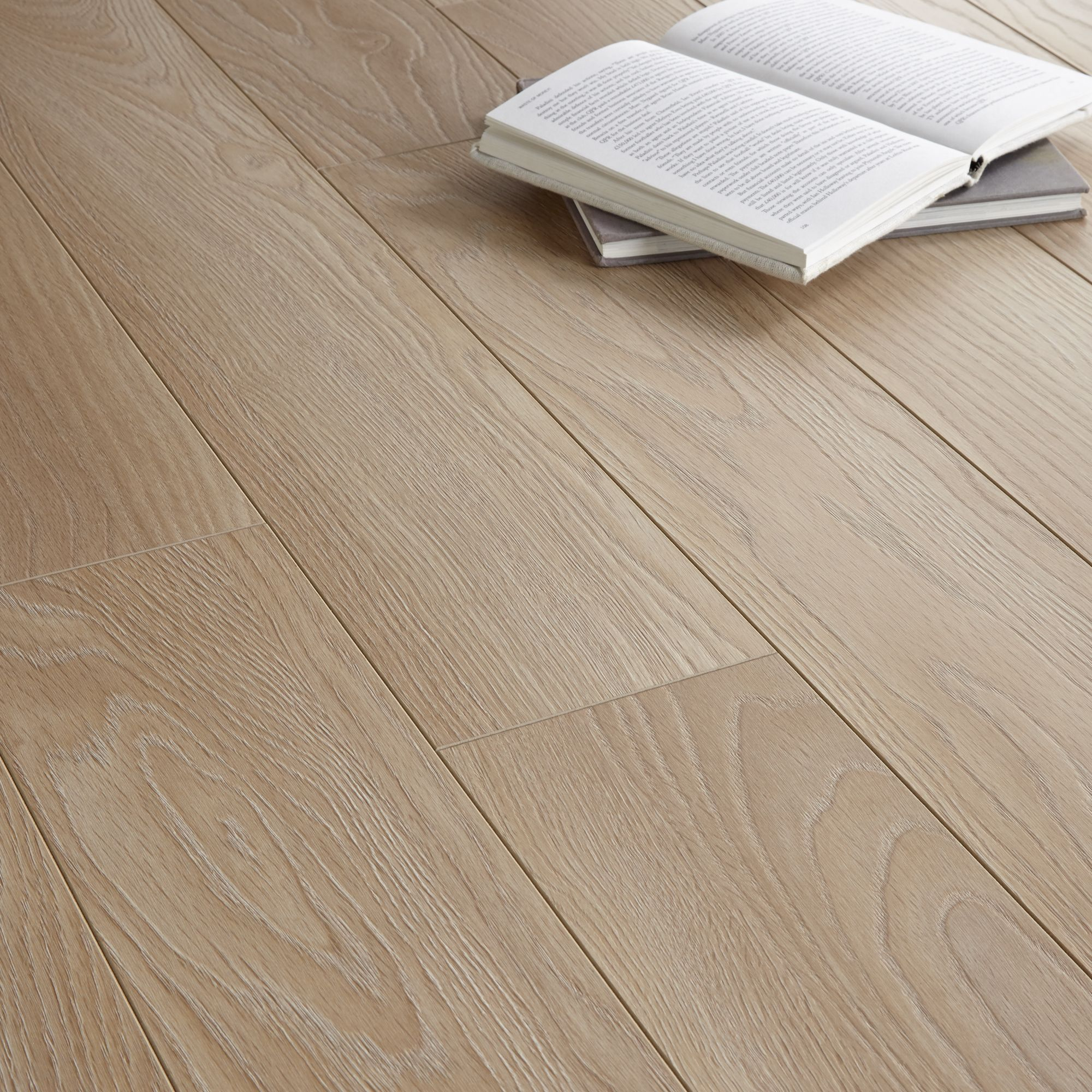 Toccata Natural Cardiff Oak Effect Laminate Flooring 1 65 M² Pack