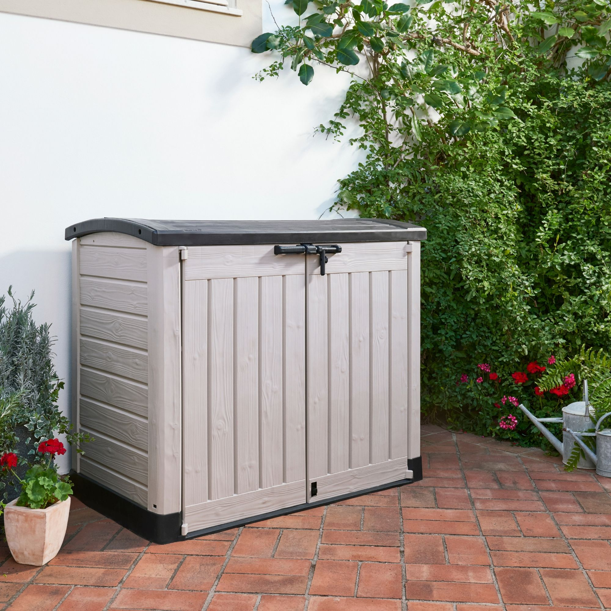 Keter Store It Out Arc Plastic Garden Storage Box Departments Diy At B Q