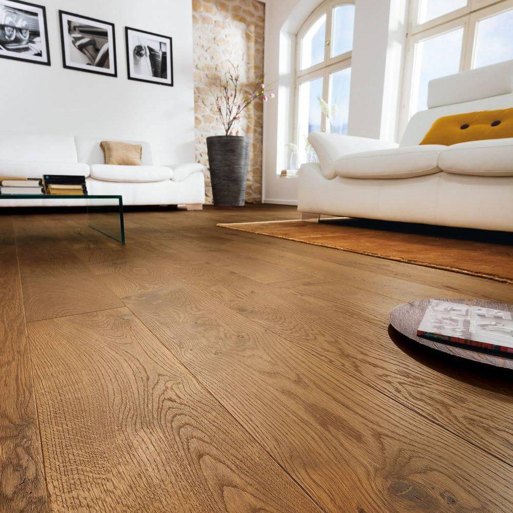 Colours Monito Natural Oak Effect Wood Top Layer Flooring 1 69 Pack Departments Diy At B Q
