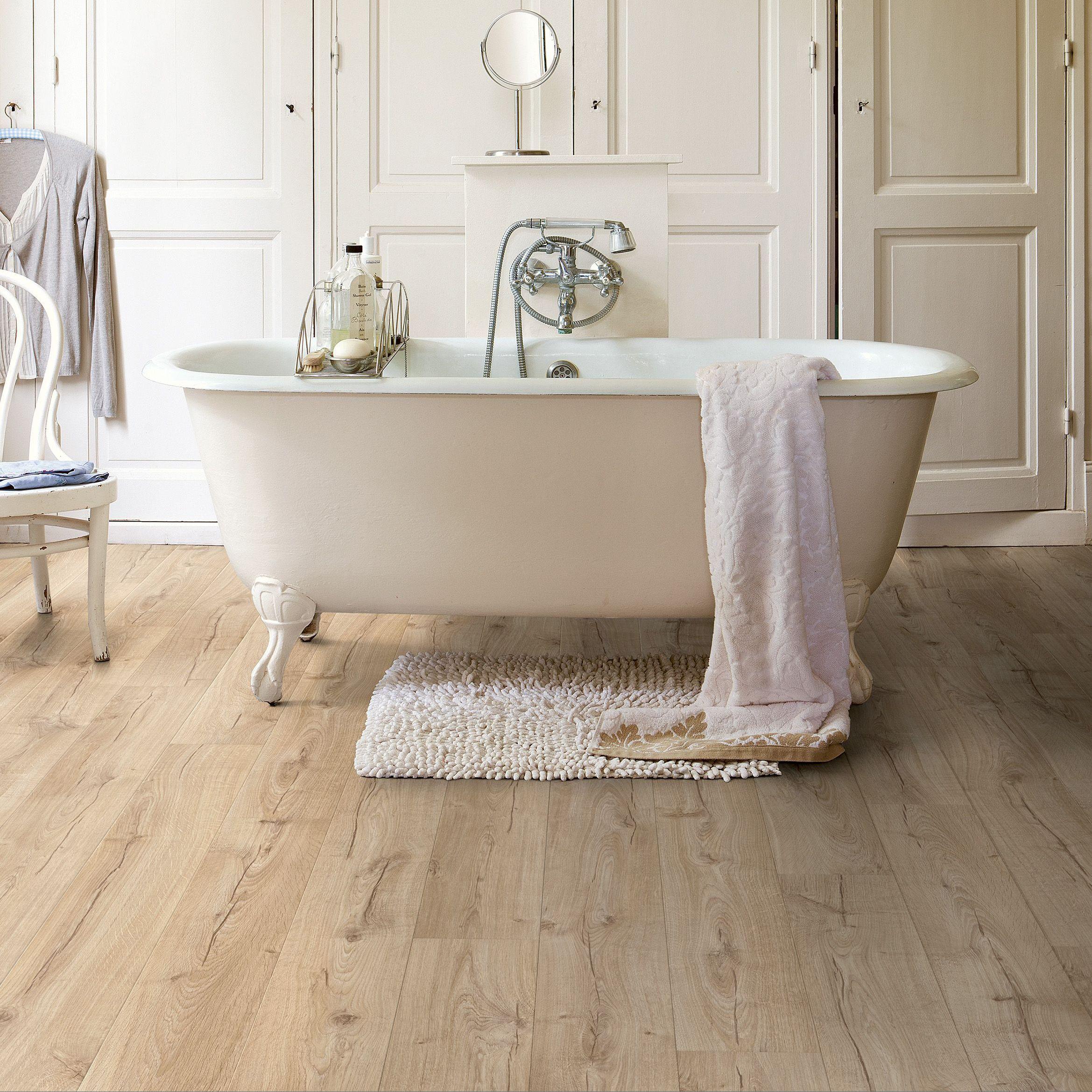 Quickstep Aquanto Beige Oak Effect Laminate Flooring 1 835 M² Pack Departments Diy At B Q