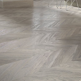 Alessano Grey Oak effect Laminate flooring 1.39 m²