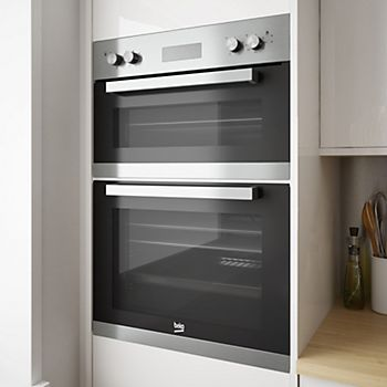 Built In Ovens Pictured Are Integrated Into Cabinets Often At Eye Level To Make It Easy Get Food And Out Of The Oven Without Having Bend Down