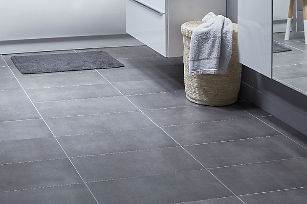 Bathroom flooring buying guide | Ideas & Advice | DIY at B&Q