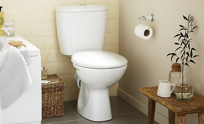 Close-coupled open back toilet