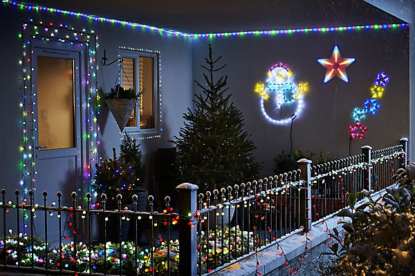 Christmas lights outdoor led tree lights diy at bq how to hang outdoor christmas lights aloadofball Choice Image