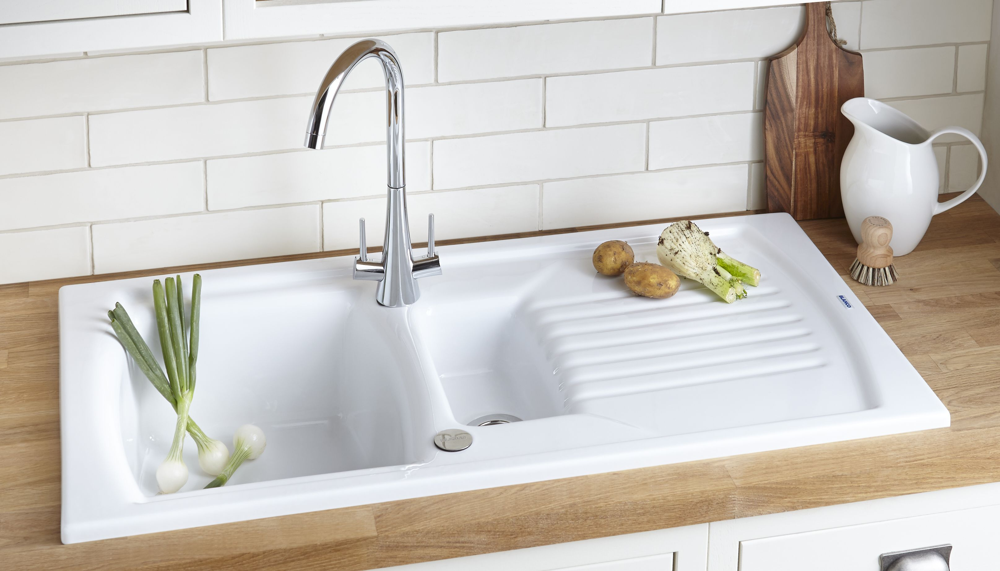 B And Q White Kitchen Tap