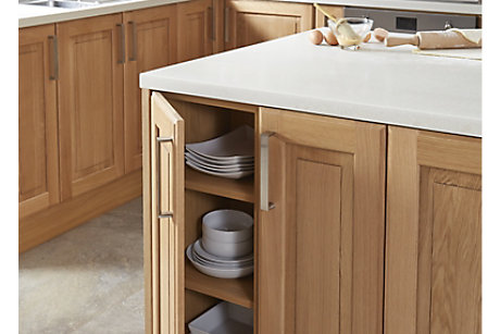 Chesterton solid oak kitchen