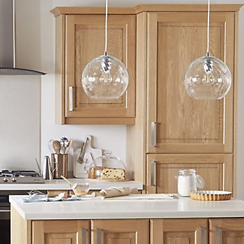 Glass Pendant light in Cooke & lewis Chesterton Solid Oak Classic fitted kitchen