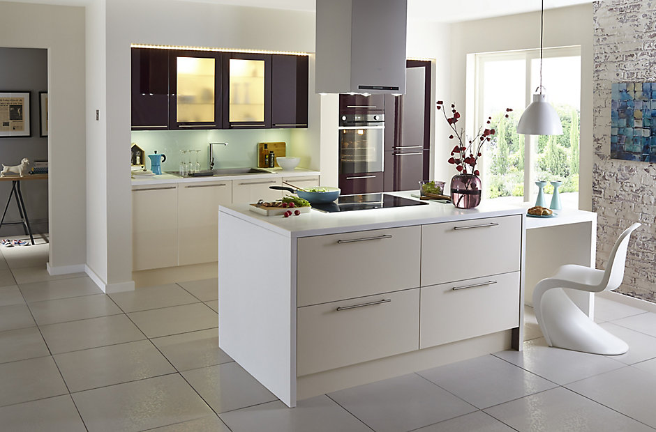 Cooke lewis raffello gloss fitted kitchen in aubergine and cream