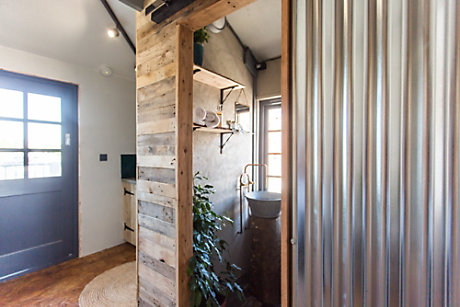Bathroom made from sustainable materials at Crane 29