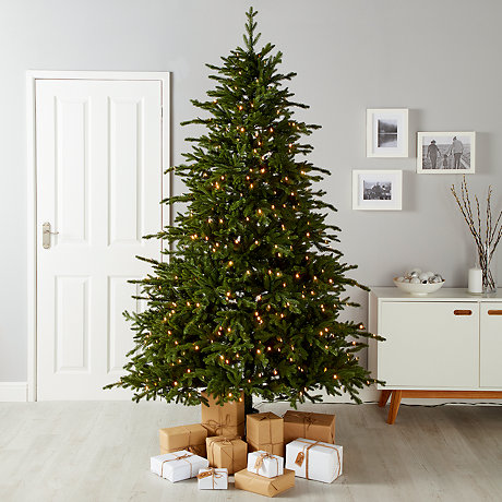 christmas trees - How To Decorate A Christmas Tree Step By Step