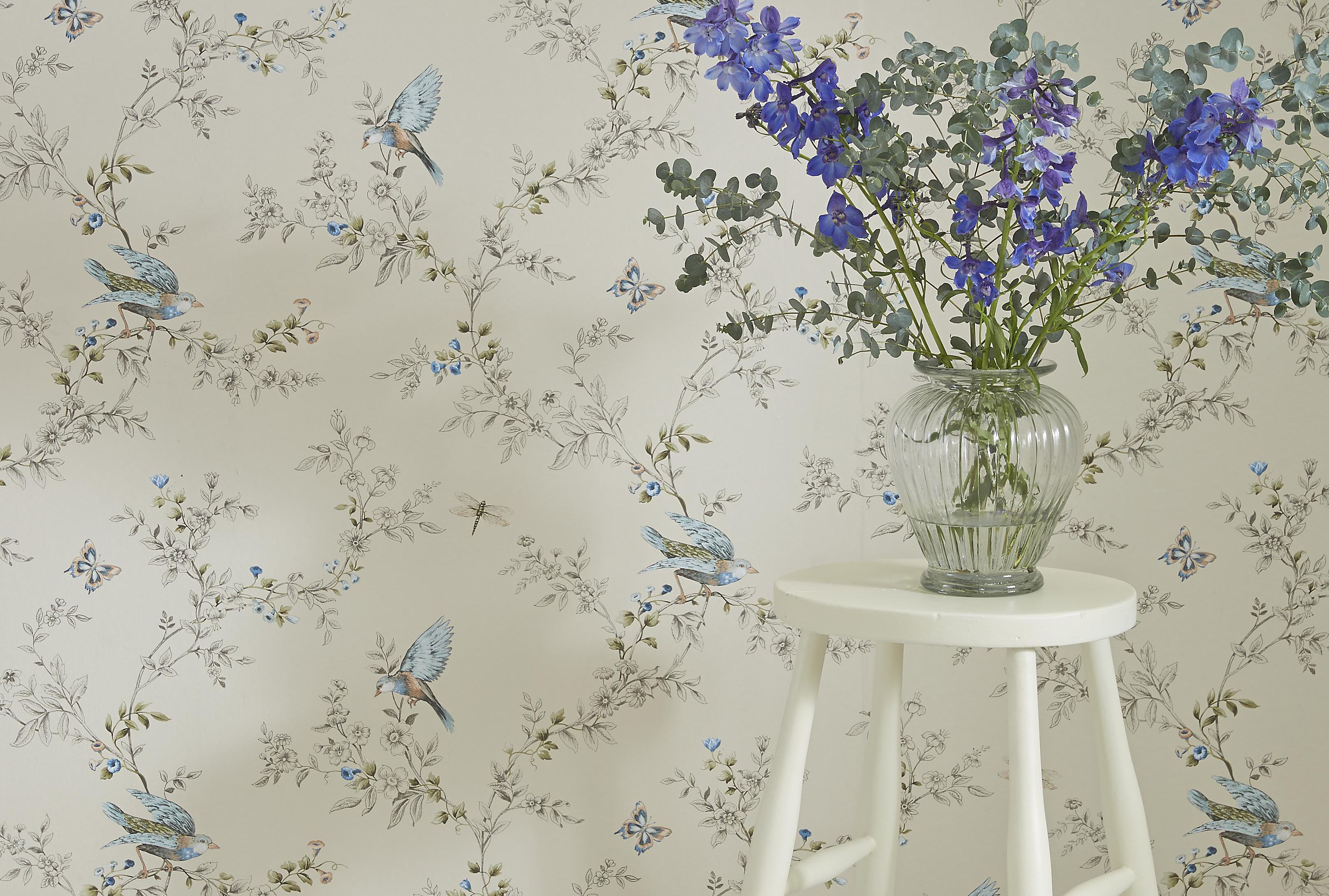 Wallpaper Buying Guide Ideas Amp Advice Diy At B Amp Q
