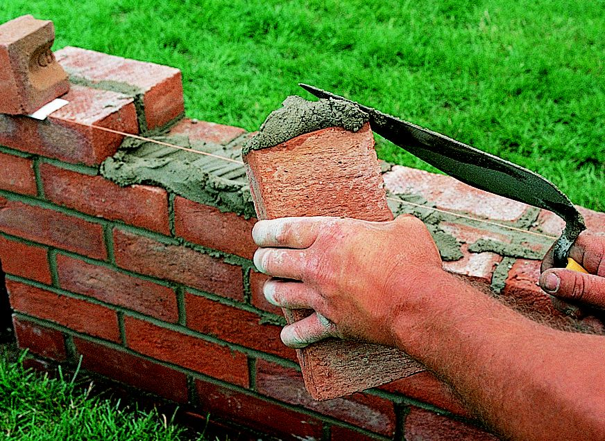 How To Repair Amp Build A Brick Garden Wall Ideas Amp Advice
