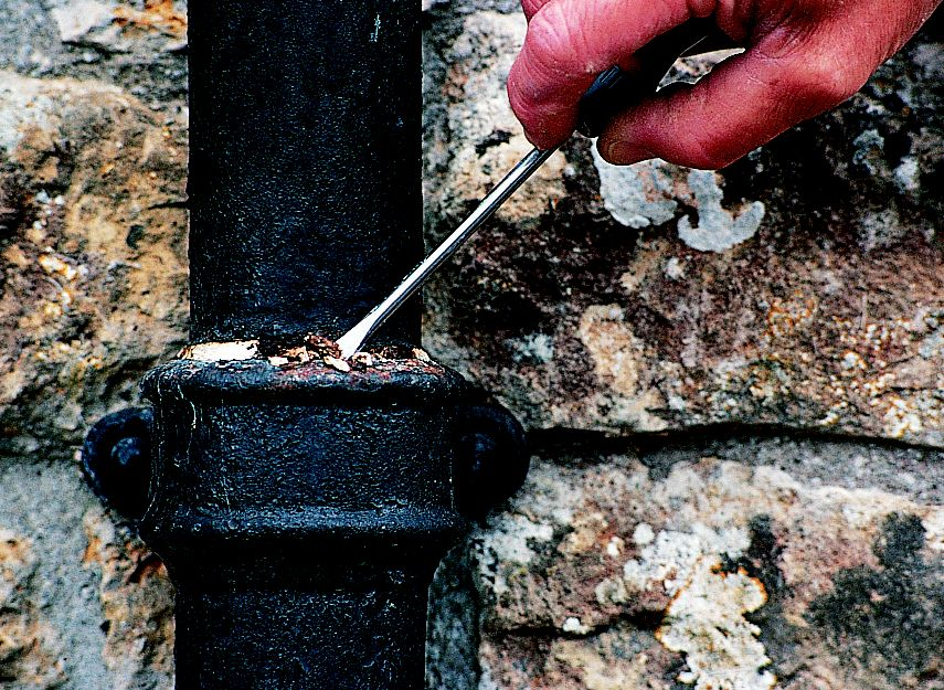 How To Repair Guttering Ideas Amp Advice Diy At B Amp Q