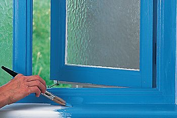 How To Paint A Wooden Window Frame Ideas Advice Diy At B Q