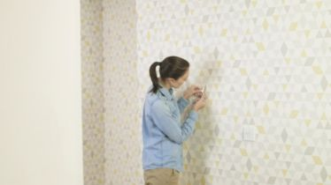 How to hang wallpaper | Ideas & Advice