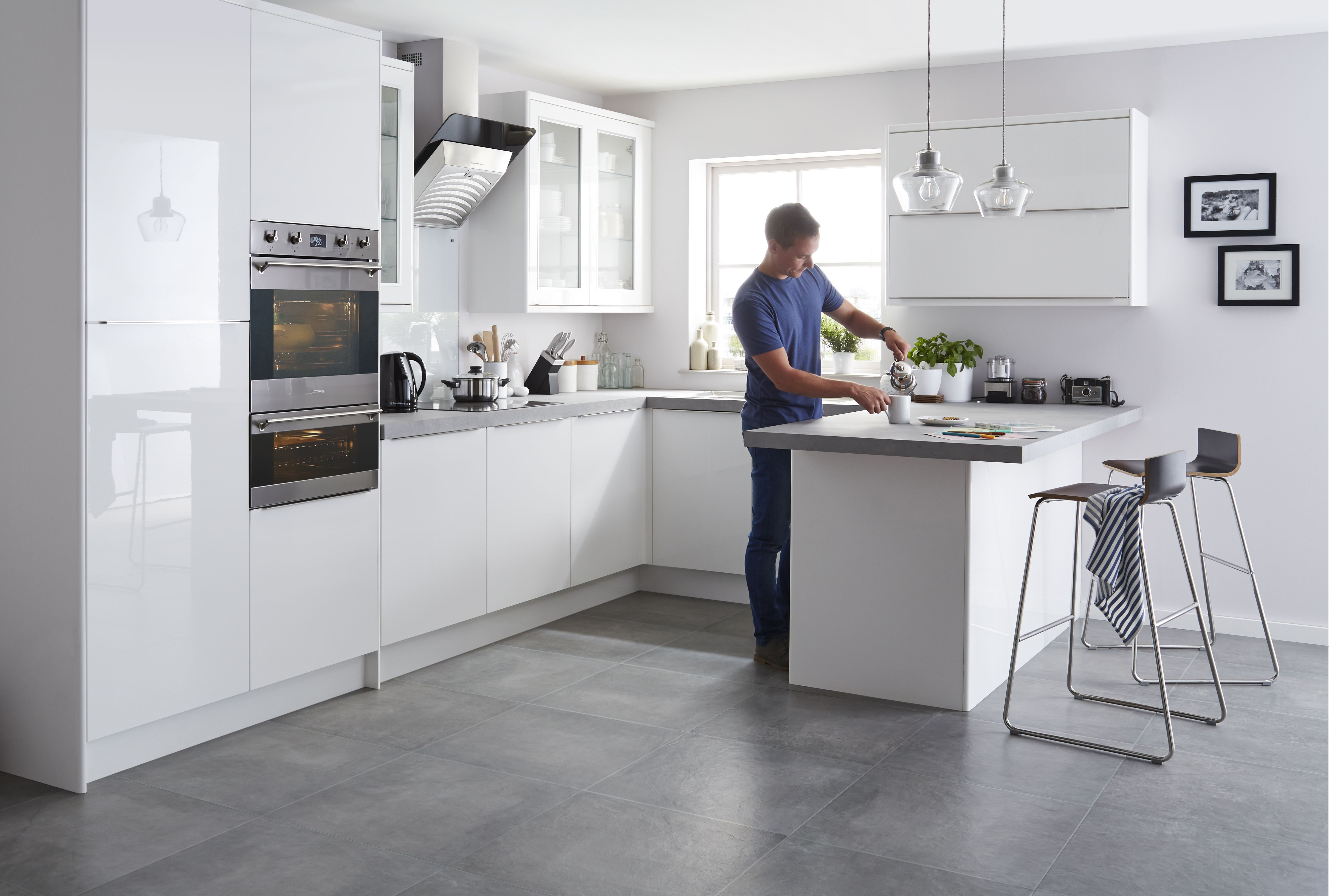 White Gloss Kitchen Ideas Part - 30: Santini Gloss White Slab