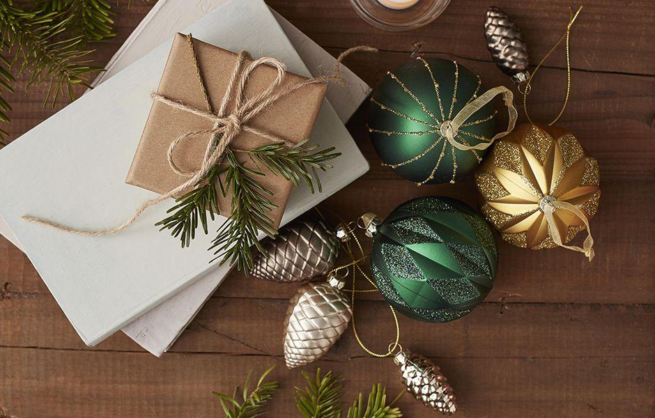 Christmas at Bu0026Q & Christmas Lights   LED Indoor Outdoor u0026 Tree Lights