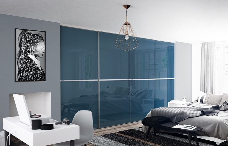 Minimalist, made to measure sliding wardrobe doors