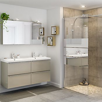 Contemporary bathroom with Imandra furniture