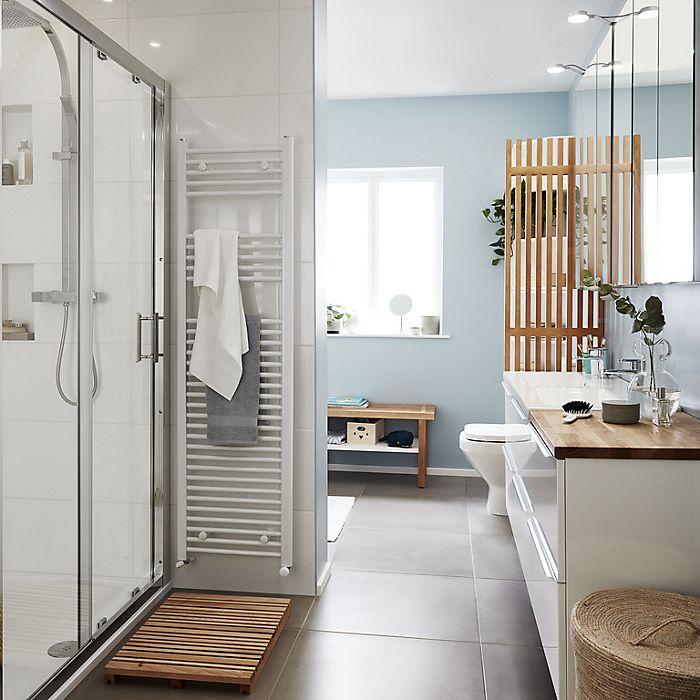 Busy bathroom