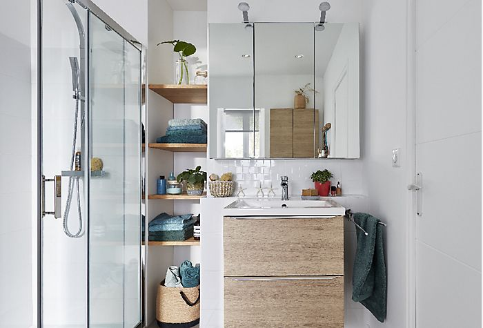 How To Put Up A Bathroom Mirror Ideas Advice Diy At B Q