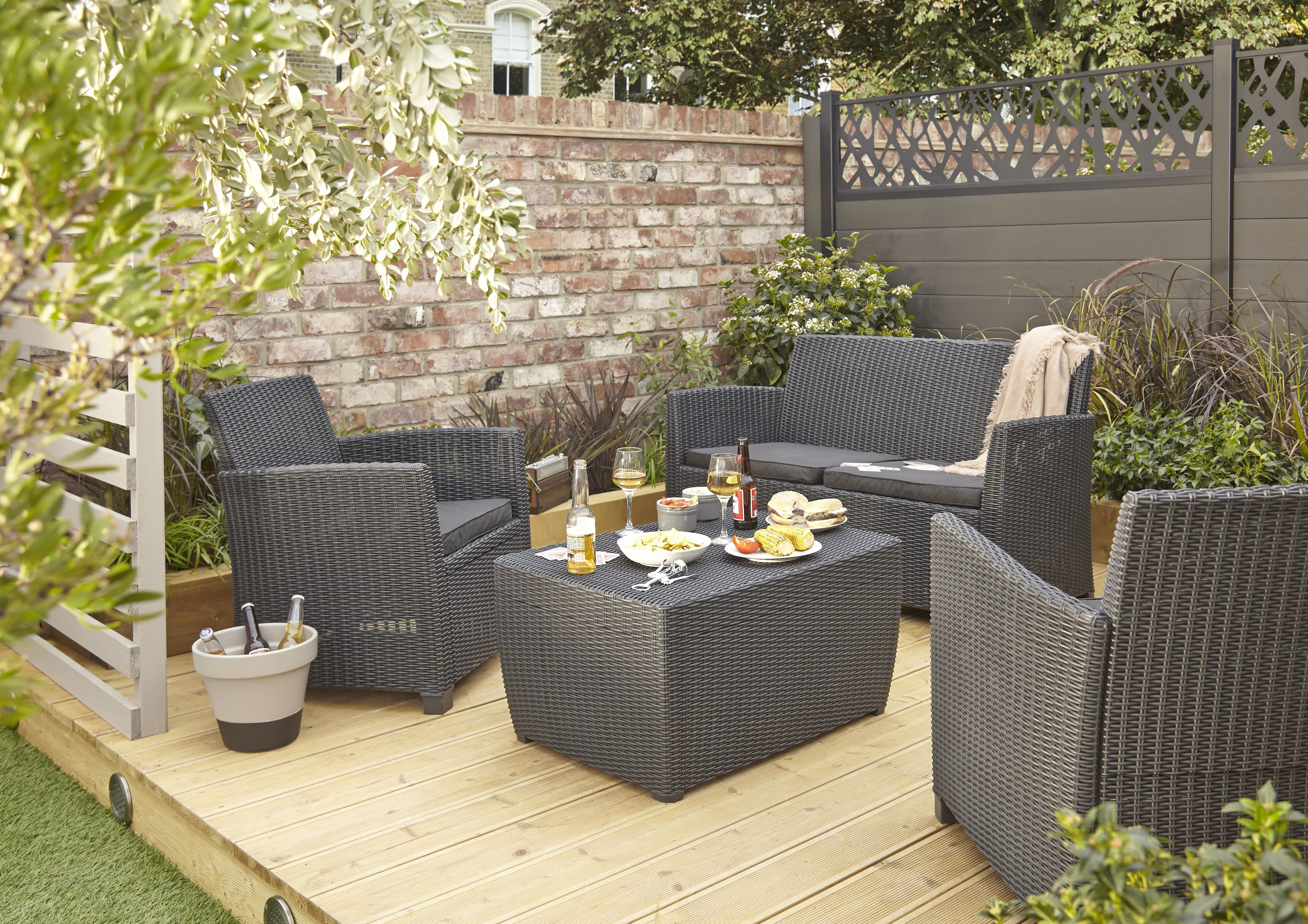 How To Plan Your Decking