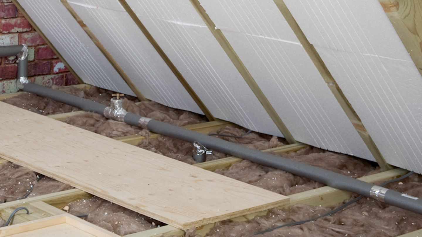 How To Insulate Water Pipes Ideas Amp Advice Diy At B Amp Q