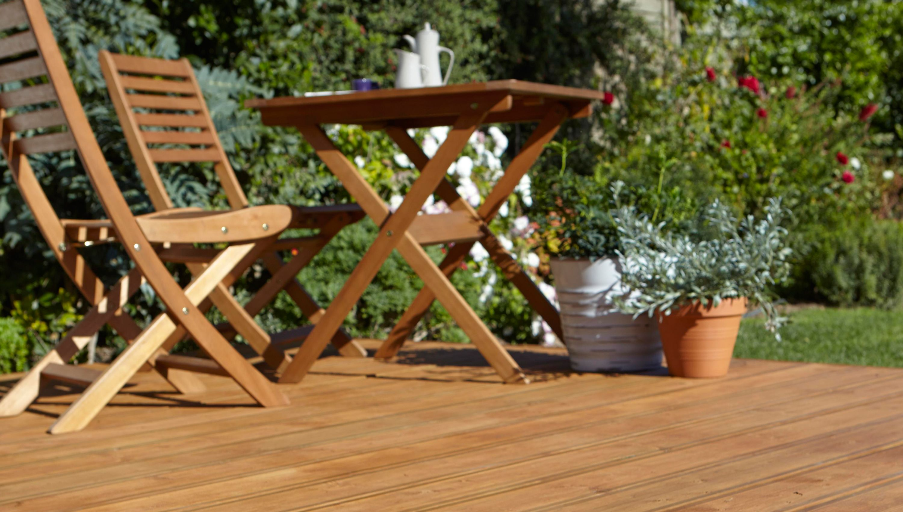 How to build a basic ground level deck ideas advice for Garden decking designs pictures
