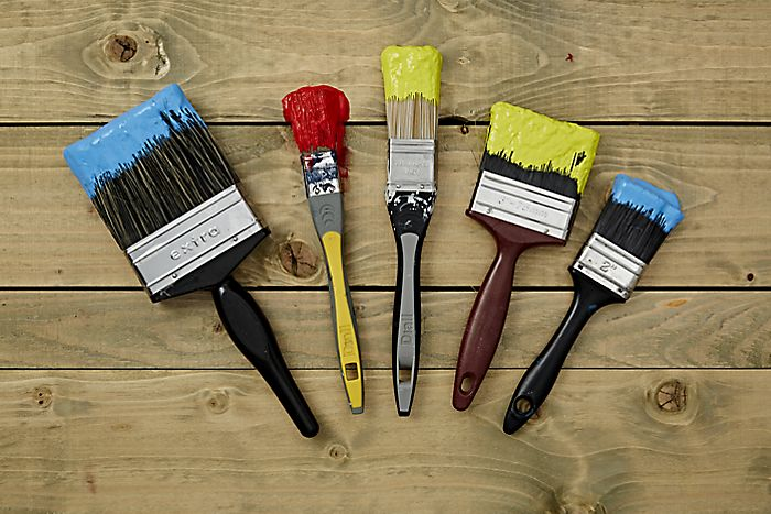 Cleaning & storing brushes