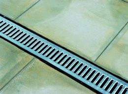 How To Fit A Paving Drainage System Ideas Amp Advice Diy